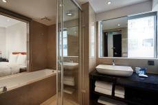 天悅房浴室